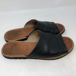Cole Haan Resort F8747 black Slide Sandals 9.5